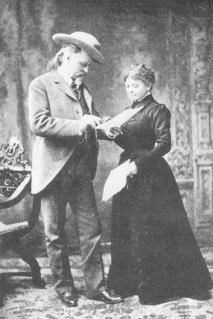 Buffalo-Bill-Cody-and-his-sister-Helen