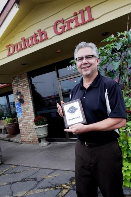 Duluth-Grill-Tom-Hanson-2013
