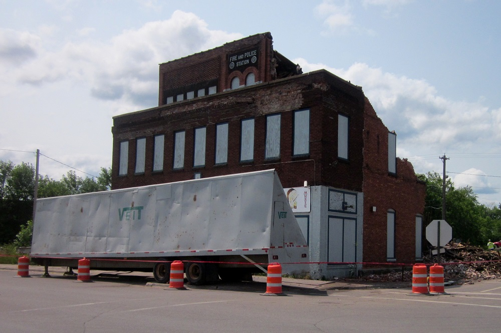 West Duluth Fire and Police Station demolition