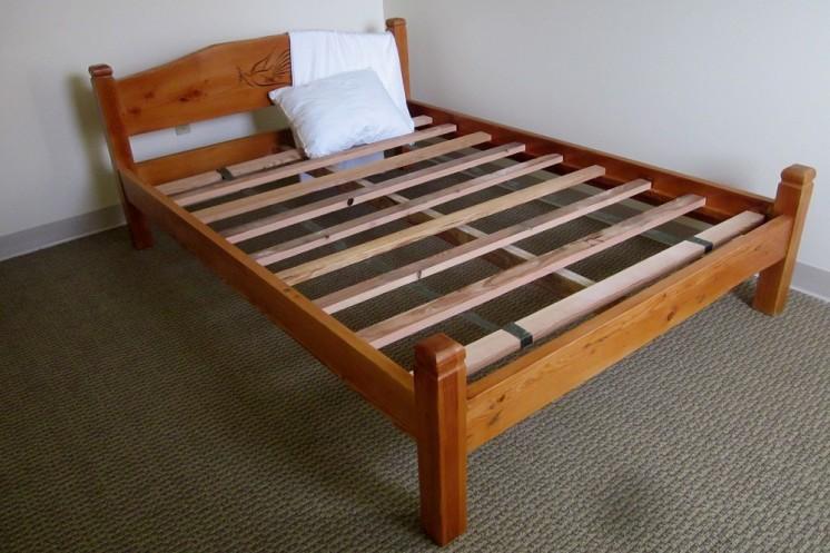 Steve O'Neil Apartments bed