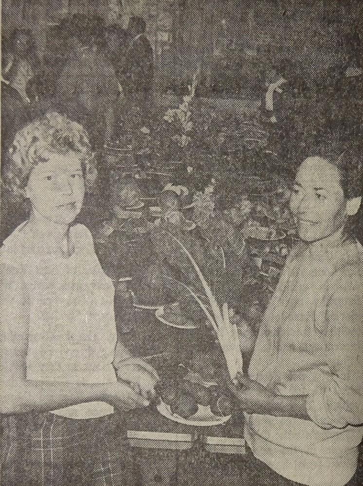 Mrs Rupert Smith and Mrs. Carl Abramowski