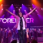 "Foreigner with the Dave Eggar Orchestra and Denfeld Maroon 16 Choir – ""I Want to Know What Love Is"""